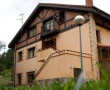 Albergue Los Nuberos casa rural en Santa Maria De Cayon (Cantabria)