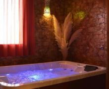 Hotel El Borbotón casa rural en Huete (Cuenca)