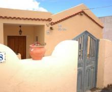 Doña Lola casa rural en Valverde (El Hierro)
