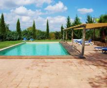 Granja Ecuestre Can Sort casa rural en Bascara (Girona)