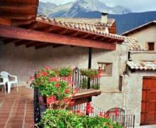 Casa Rural Roca Roja y El Castell casa rural en Gosol (Lleida)