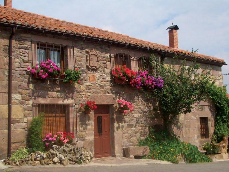 Casa miguel casa rural en valdeolea cantabria clubrural - Casas rurales cantabria alquiler integro ...