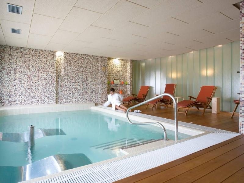 Hotel la vida vino spa hotel rural en pe afiel - Spa urbano valladolid ...