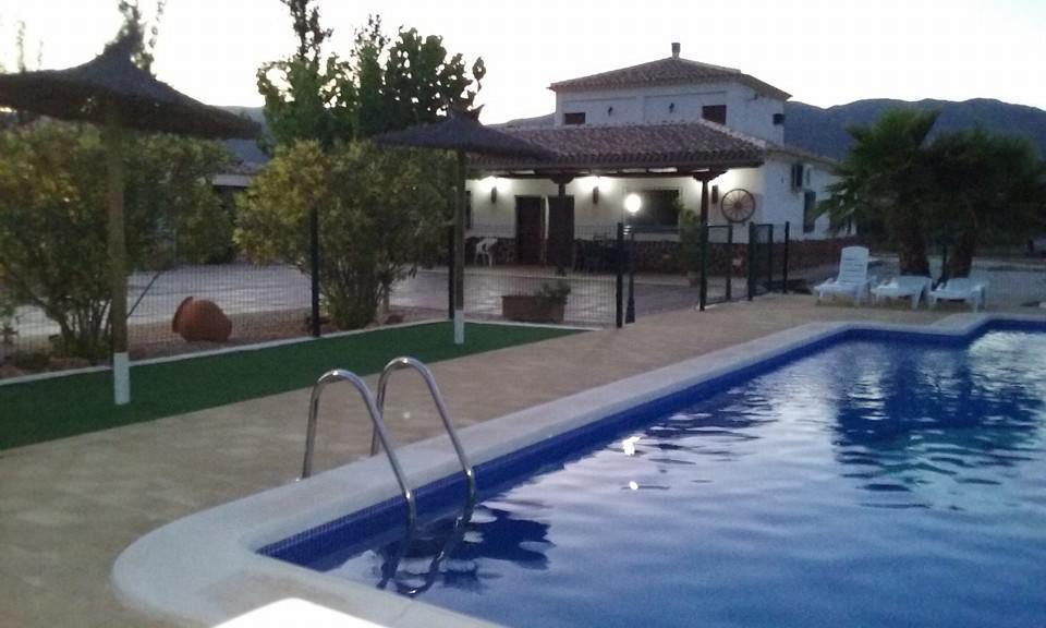 Casa rural alharabe casa rural en moratalla murcia - Casa rural murcia piscina climatizada ...