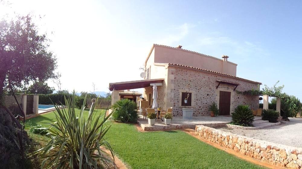 C rritx casa rural en alcudia mallorca clubrural - Chimeneas en mallorca ...