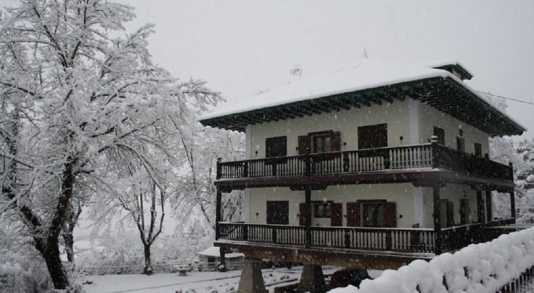 El horreo alojamientos rurales casa rural en miraflores for Alquiler casa sierra madrid