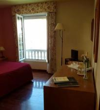 hotel rural low cost agosto