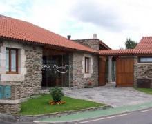 Dona Maria casa rural en Ordes (A Coruña)