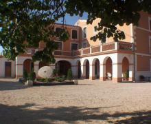 Albergue Ull de Canals y Cabaña casa rural en Banyeres De Mariola (Alicante)
