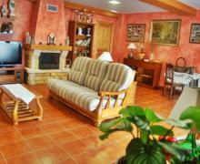 Salguero de Abajo casa rural en Perlora (Asturias)
