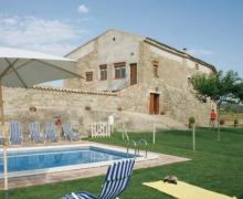 El Pou casa rural en Sagas (Barcelona)