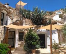 Cuevas Algarves de Gorafe casa rural en Gorafe (Granada)