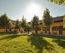 Apartamentos La Estibialla casa rural en Campo (Huesca)