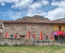 CTR Fuente del Oso casa rural en Valdepielago (León)