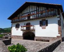 Casa Barrantxea I y II casa rural en Baztan (Navarra)