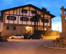 Casa Mikelestonea I y I I casa rural en Etxalar (Navarra)