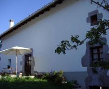 Mikeltonetxikia casa rural en Larraun (Navarra)