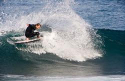 Clandestino Surf Adventure en Caleta De Famara (Lanzarote)