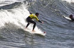 Escuela de Surf Horizonte en Salinas (Asturias)