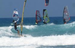 Surf Riders Fuerteventura en Corralejo (Fuerteventura)