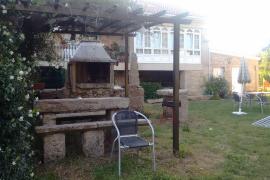 Casa Lustres casa rural en Boiro (A Coruña)