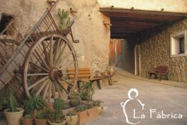 La Fàbrica casa rural en Agost (Alicante)