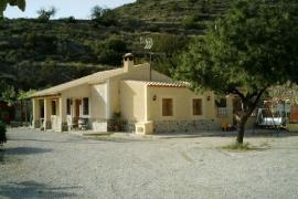 Genoveva II casa rural en Relleu (Alicante)