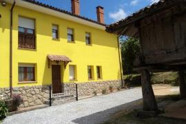 Apartamentos Rurales Pernús casa rural en Colunga (Asturias)