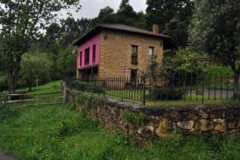 La Escuela de Santa Ana casa rural en Piloña (Asturias)