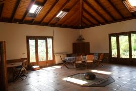 Apartamentos Rurales La Escuela casa rural en Teverga (Asturias)