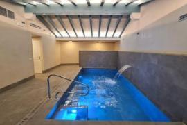 Disfruta de nuestra piscina climatizada  - SPA
