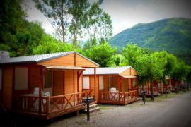 Camping L´Espelt casa rural en La Pobla De Lillet (Barcelona)
