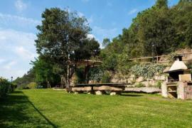 Can Barcelona y Can Grau de Vallcàrquera casa rural en Figaro - Montmany (Barcelona)