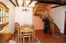 Casa de Primitiva y Casa del Abuelo Víctor casa rural en Tolbaños De Abajo (Burgos)