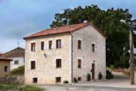 Casa Rural Fortaleza casa rural en Orbaneja Riopico (Burgos)