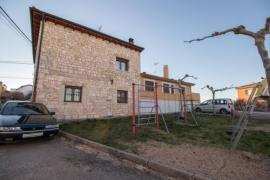 Casa Rural Los Bodones casa rural en Cardeñuela Riopico (Burgos)