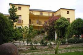 Hosteria Las Palmeras casa rural en Madrigal De La Vera (Cáceres)