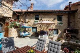 Casa rural completa para 41 pax  900€/noche
