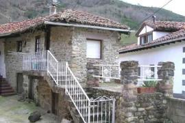 Casas Marino casa rural en Trillayo (Cantabria)