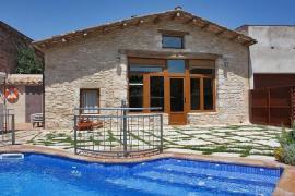 La Cabanya casa rural en Porqueres (Girona)