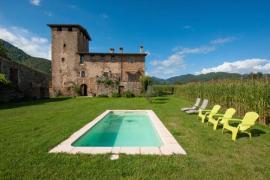 La Torre de Sant Pere casa rural en La Vall De Bianya (Girona)