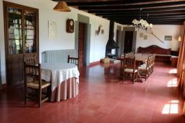 Mas La Riba casa rural en Les Llosses (Girona)
