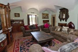 Mascaros casa rural en Ullastret (Girona)
