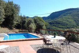 Masia Can Piqué casa rural en Joanettes (Girona)