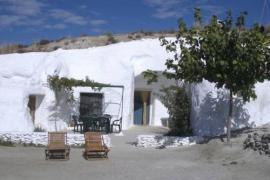 Cuevas Alcobas casa rural en Baza (Granada)