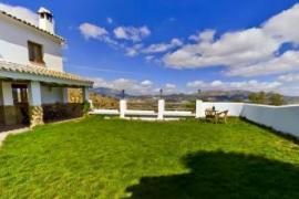 Dehesa de Las Casas casa rural en Algarinejo (Granada)