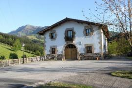 Arregi casa rural en Oñati (Guipuzcoa)