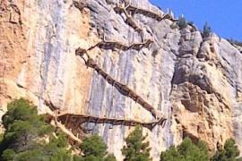 Ca l´Estall casa rural en Estopiñan Del Castillo (Huesca)