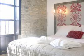 Casa Rural y Chic casa rural en Jaca (Huesca)
