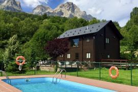 Piedrafita Mountain Lodge casa rural en Piedrafita (Huesca)